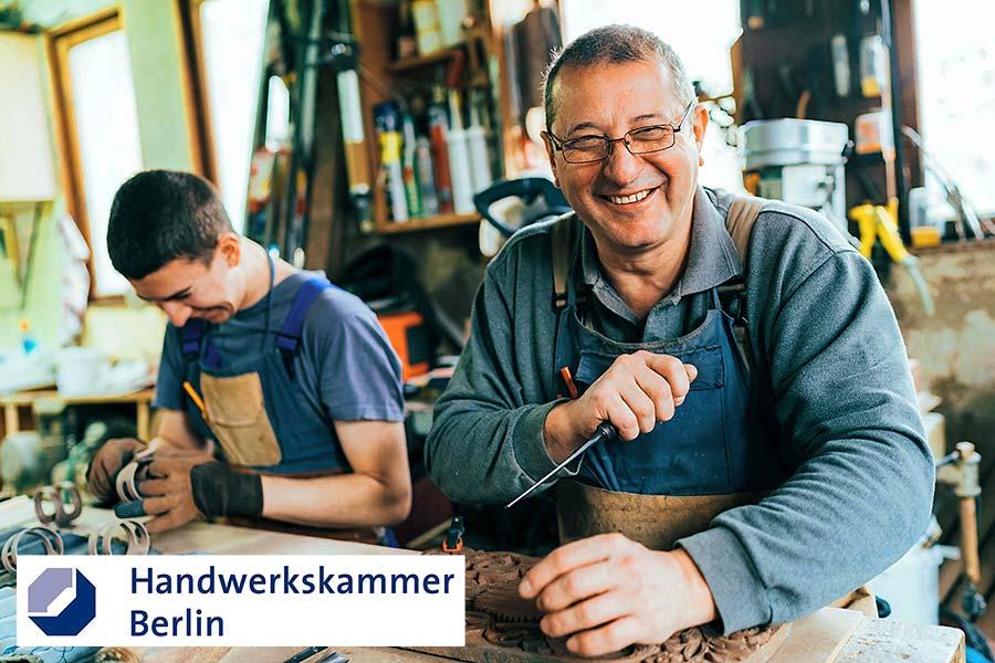 Handwerker bei der Arbeit: Betriebsnachfolge im Handwerk