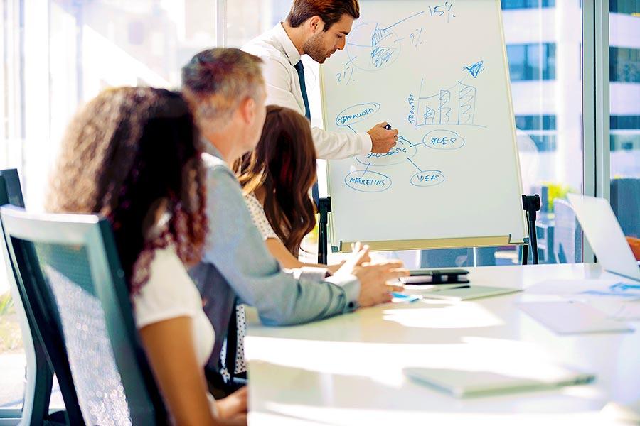 Projektplanung im Team: 5 Gründe für den Unternehmensverkauf