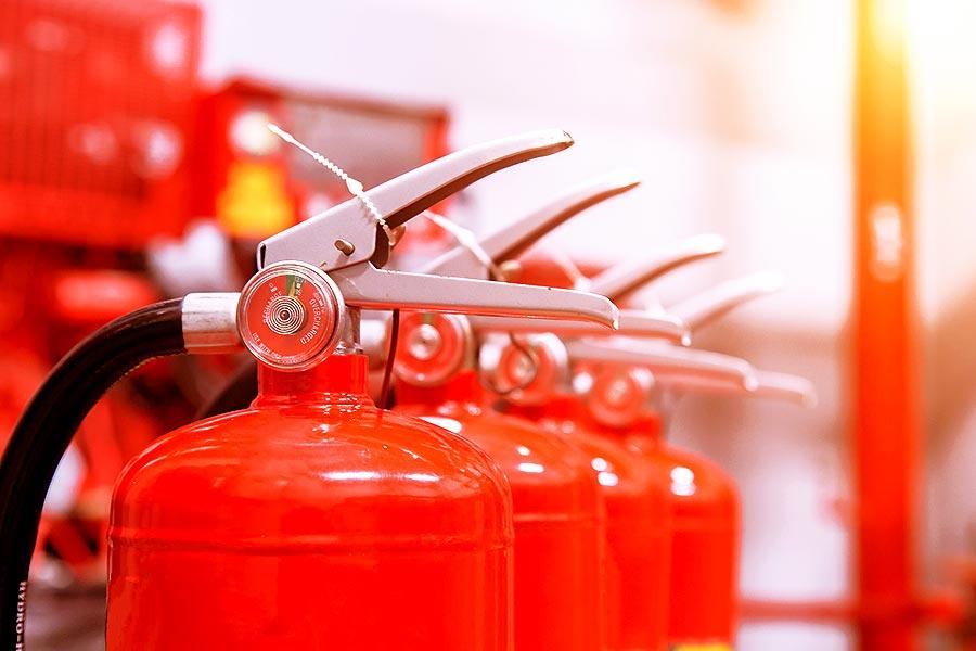 Zur Notfallplanung eines Unternehmen gehört ein aktiver Interimsmanager als Feuerlöscher.