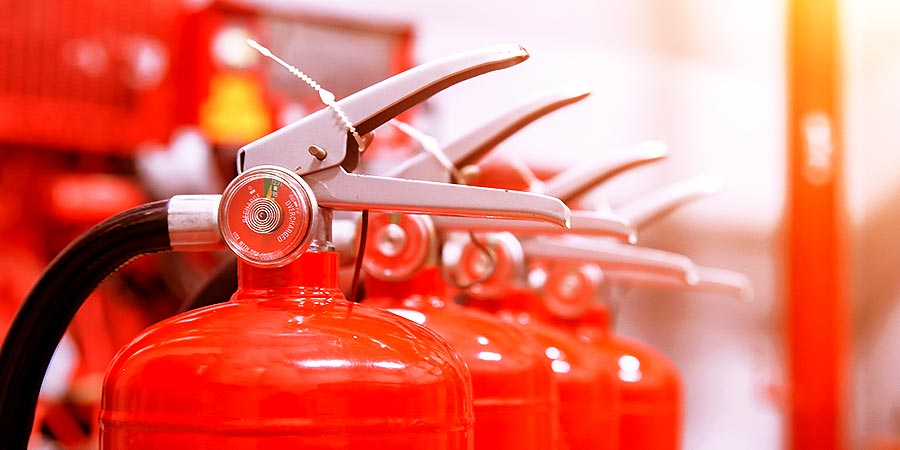 Eine betriebliche Notfallplanung sollte externe Berater und aktive Interimsmanager als Feuerlöscher für die dringendsten Aufgaben der Zukunftssicherung vorsehen.