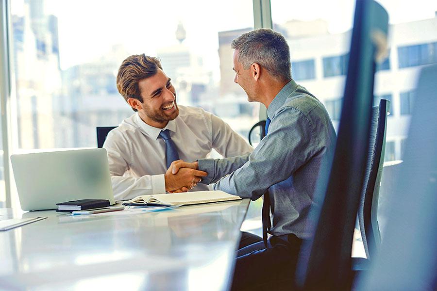 Beim Unternehmenskauf: Altersvorsorgeverträge prüfen!
