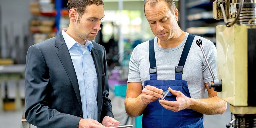 Die Fabriktester analysieren operative Produktionsprozesse bei mittelständische Unternehmen
