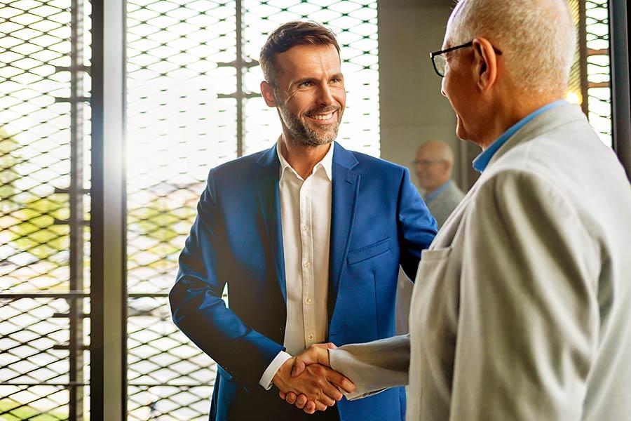 Eine Unternehmenstransaktion mit Experten erhöht Ihre persönlichen Chancen auf einen erfolgreichen Verkauf oder Kauf.